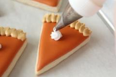 CUP-TG-Mini-Pie-Slice-Cookies