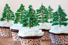 CUP-christmas-tree-cupcakes