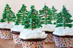 CUP-christmas-tree-cupcakes