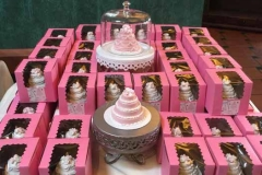 boxed_mini_wedding_cakes