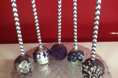 lacey_cakepops