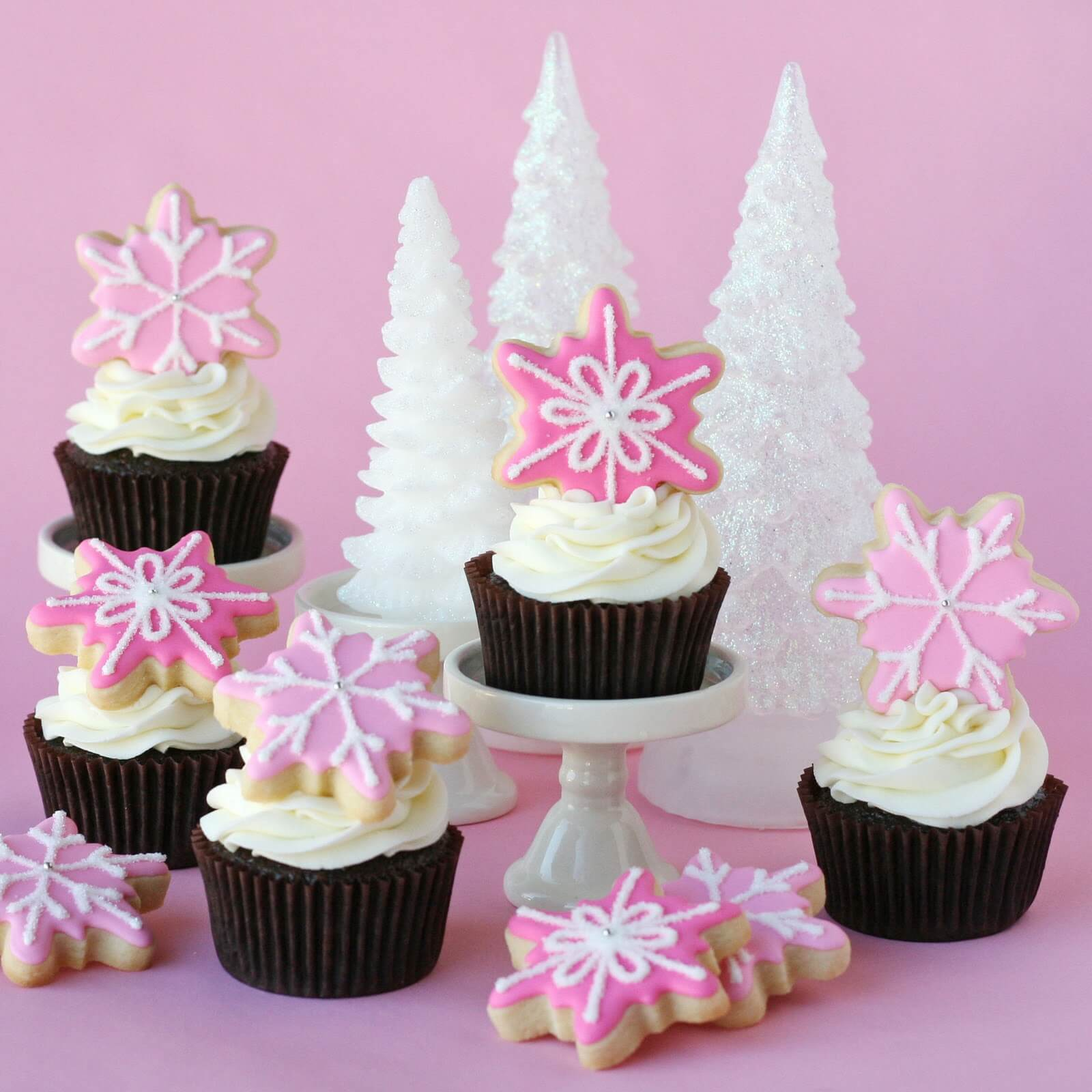 Pink Winter Cupcakes