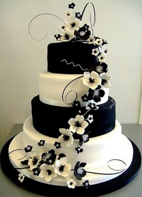 4-tiered black and white cake