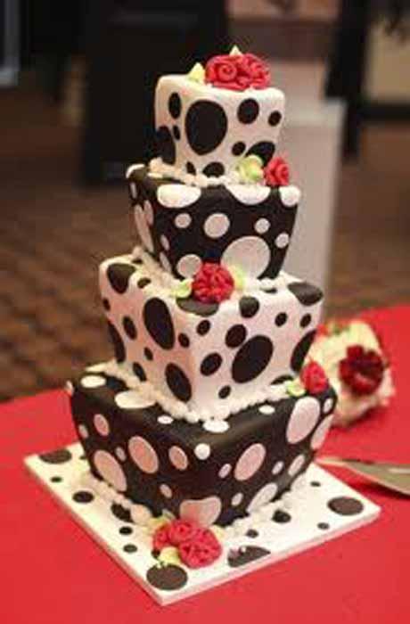 Black and white polka dots cake