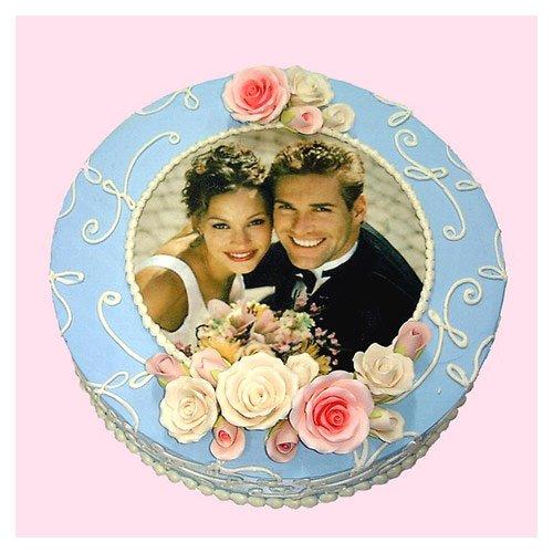 Wedding Cake with image of couple on cake